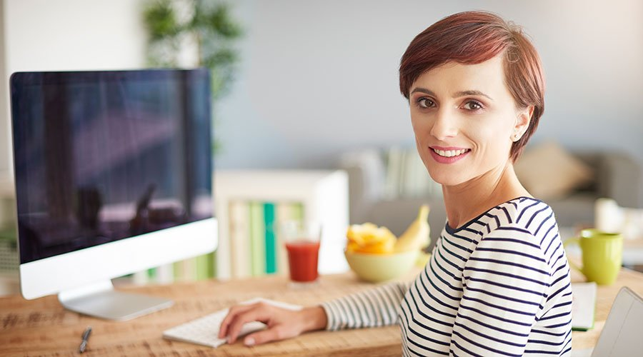 https://greatcbdshop.com/wp-content/uploads/2019/12/woman-at-work-cbd-guide-for-beginners.jpg